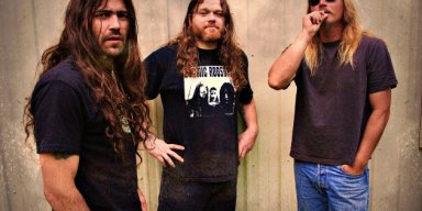 "Heavy Doom Rock Titans, MOS GENERATOR, To Reissue Song Collection ""The Lantern""!"