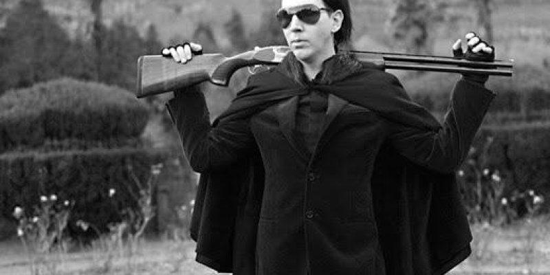 Marilyn Manson storms a suburban home with gun-toting nuns !