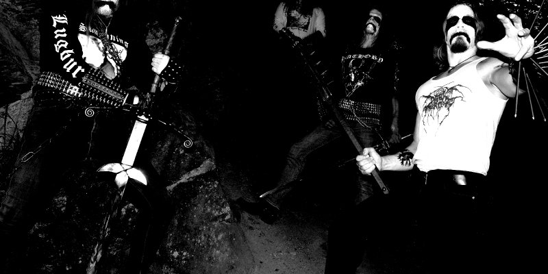 "GRABUNHOLD premiere new track at ""Decibel"" magazine's website"