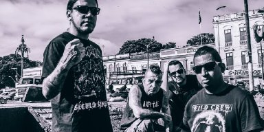 "Brazilian band Delinquentes releases music video for the song ""Jesus Traficante"""