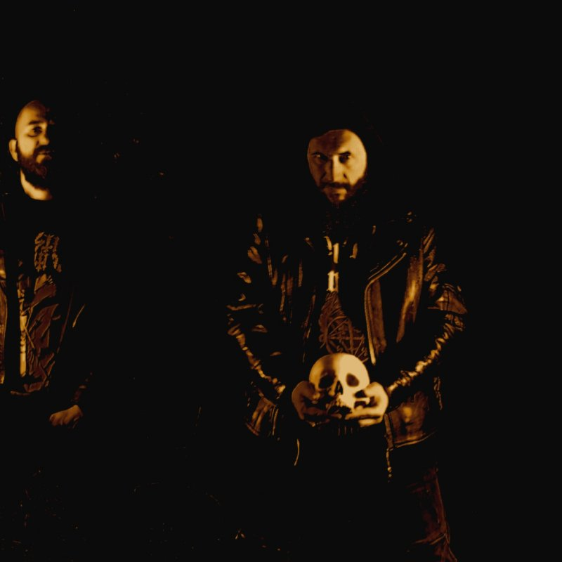 UPON THE ALTAR premiere new track at MetalBite.com