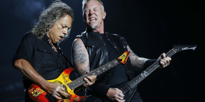 """METALLICA played the song """"Spit Out The Bone"""" live for the first time ever!"""