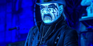 Watch KING DIAMOND's Performance Of 'Halloween' From Upcoming DVD