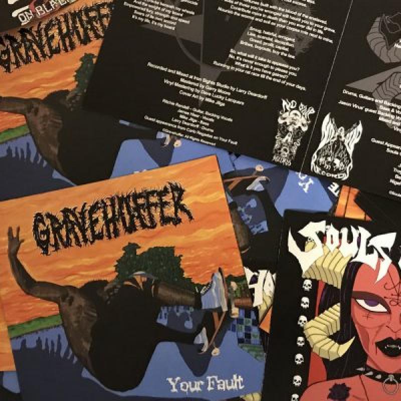 "Gravehuffer / Souls Of Hades - ""Split"" - Reviewed By World Of Metal!"