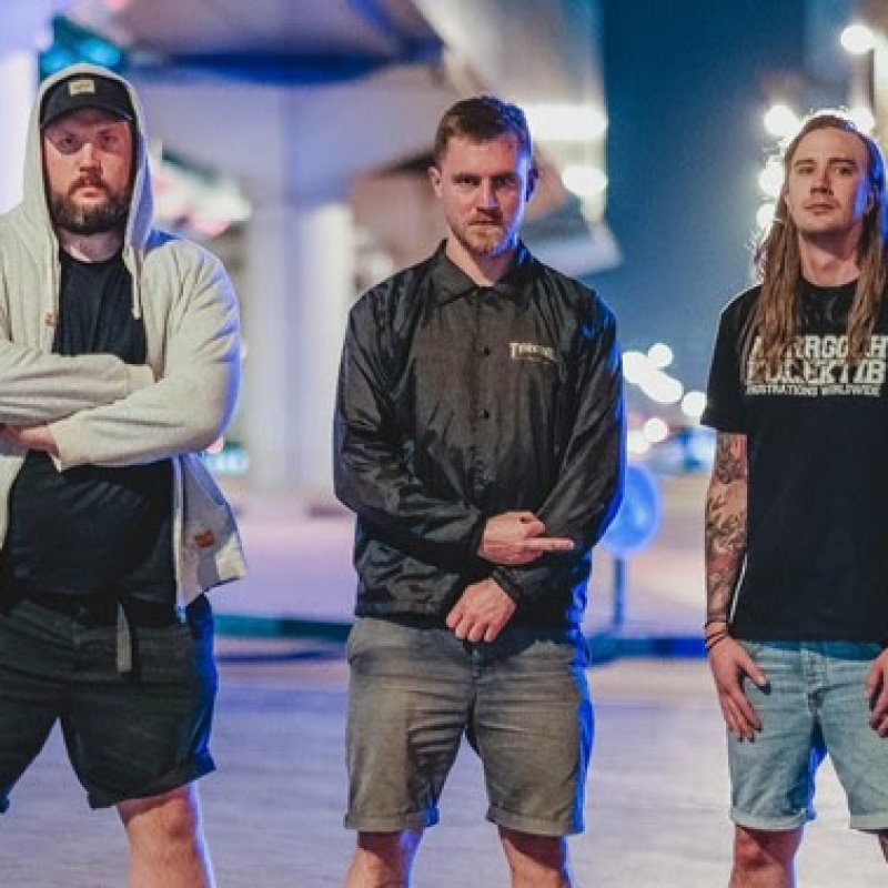 "Swedish thrashers Leach stream new ""D.O.D."" video featuring Soilwork vocalist Björn ""Speed"" Strid via Sleeping Village Reviews!"