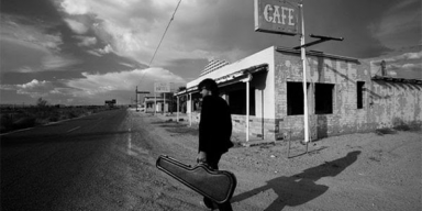 EDGAR ALLAN POETS - White Noise  in TJ´s Muse Bridge Listen & Chat show!