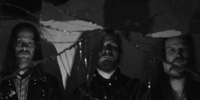 """Germany's KARLOFF premiere new track at """"Deaf Forever"""" magazine's website, set release date for DYING VICTIMS debut album"""