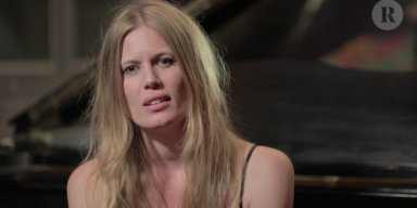 "SEE MYRKUR'S STUNNING PIANO REINVENTION OF KING DIAMOND'S ""WELCOME HOME"""