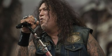 TESTAMENT Frontman Says DONALD TRUMP Is 'An Embarrassment' To The U.S.
