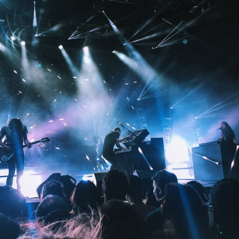 4 Ways to Give The Best Possible Live Music Performance