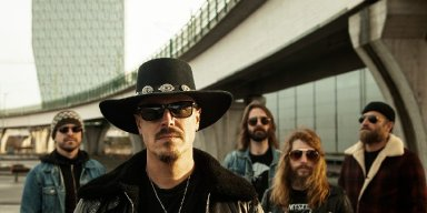 """ALTARETH announce debut album """"Blood"""" and release first single 'Moon'"""