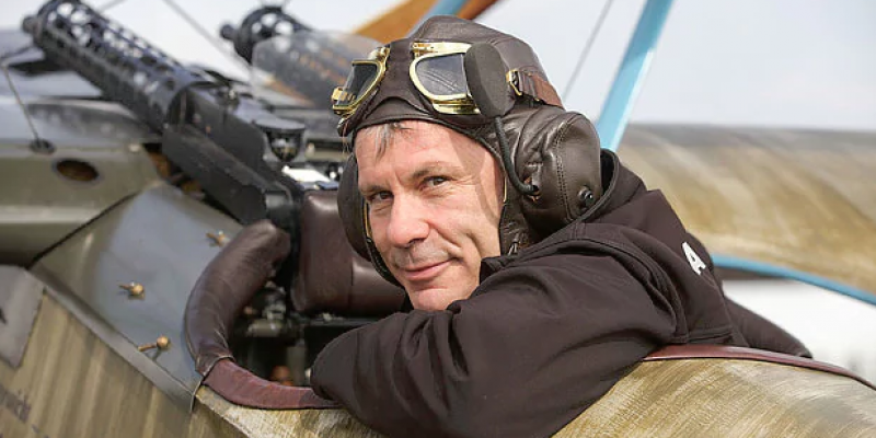 IRON MAIDEN's BRUCE DICKINSON: 'We're Only A Heartbeat Away From Auschwitz'