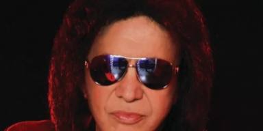GENE SIMMONS Blasts 'Evil, Self-Serving Politicians' In Florida And Texas For Being 'More Interested In Getting Re-Elected Than Saving Lives'