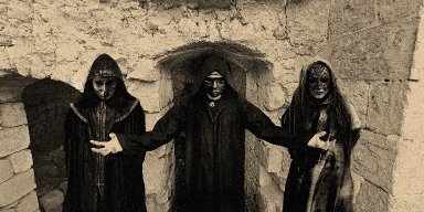 LE CHANT NOIR premiere new track at BraveWords.com - features members of ANCIENT, TROOPS OF DOOM, PATRIA, MYSTERIIS+++