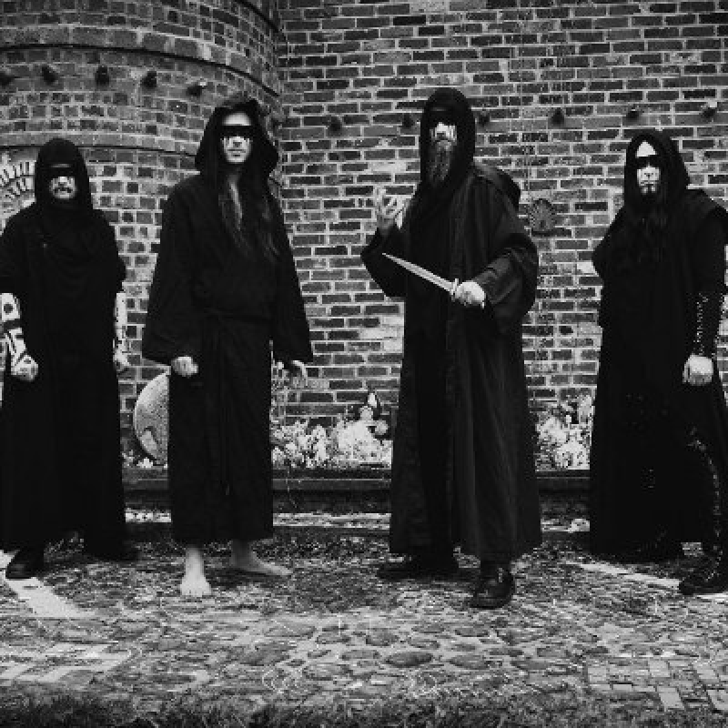 Summoner's Circle - Chaos Vector - Reviewed By BathoryZine!