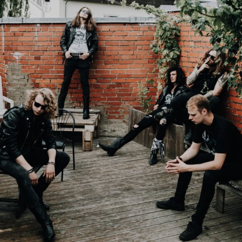 """Rockshots Records Signs Latvian Rock n' Rollers QUICKSTRIKE For 2022 Debut Album """"None of a Kind"""""""
