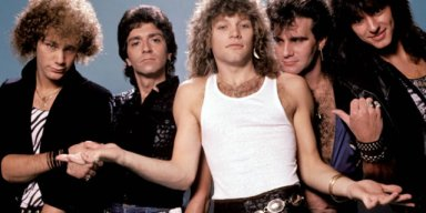 Watch BON JOVI Reunite With RICHIE SAMBORA, ALEC JOHN SUCH For ROCK AND ROLL HALL OF FAME Performance!