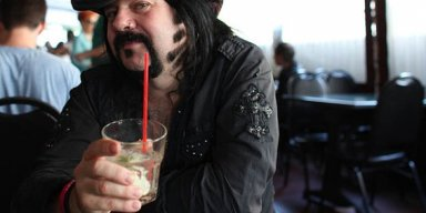 HELLYEAH's Record Label Pays Tribute To VINNIE PAUL: He Was 'A Pioneer And An Absolute Legend'