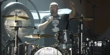 JASON BONHAM Dedicates 'Stairway To Heaven' To VINNIE PAUL (Video)