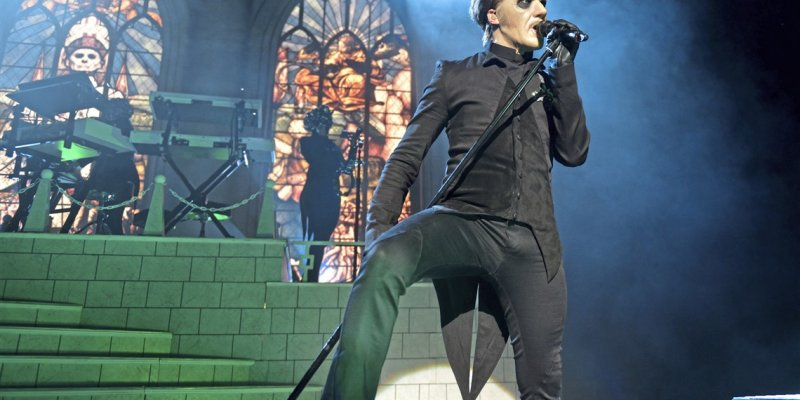 TOBIAS FORGE Still Considers GHOST To Be A 'Metal Band'