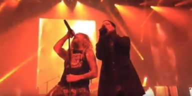 ROB ZOMBIE And MARILYN MANSON Perform 'Helter Skelter' Live For First Time!