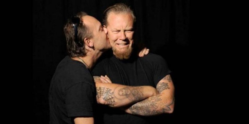 METALLICA's LARS ULRICH Recalls Meeting JAMES HETFIELD For First Time: 'He Was Very Shy And Super Introverted'