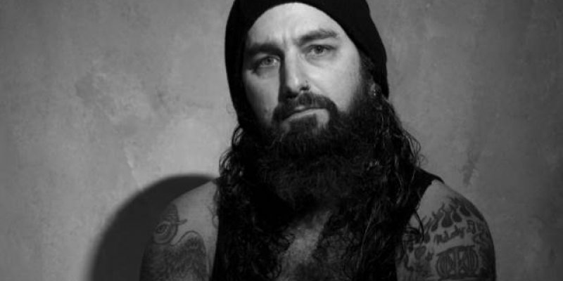MIKE PORTNOY: 'PANTERA Was The Only Band To Carry Metal Through The '90s'