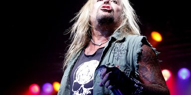 Watch VINCE NEIL Perform MÖTLEY CRÜE Classics At Finland's PORISPERE Festival!