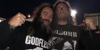 Max Cavalera Joins Conan On Stage To Cover Fudge Tunnel!