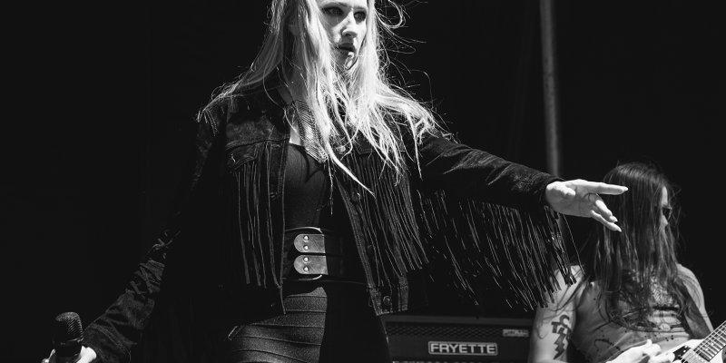 HUNTRESS Singer JILL JANUS Commits Suicide At 43!