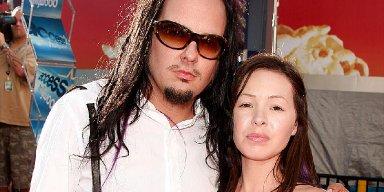 Korn Vocalist Jonathan Davis' Wife Deven Davis Dead at 39!