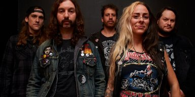 Pittsburgh NWOBHM Devotees LADY BEAST Sign with Cruz Del Sur Music