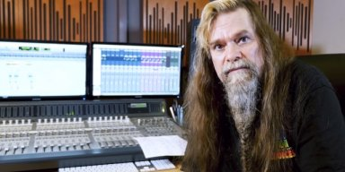 Former W.A.S.P. Guitarist CHRIS HOLMES To Release 'Under The Influence' EP