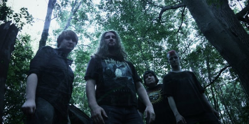 """OMINOUS ECLIPSE Are 'Breaking The Chains' With New Lyric Video; New Album """"Sinister"""" Out Now!"""