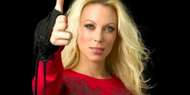 Angela Gossow Defends Decision to Ban Photographer From Arch Enemy Shows!