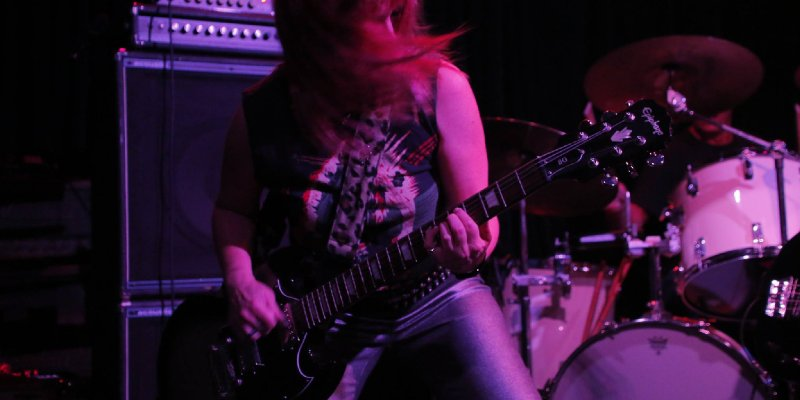 The Flesh Hammers 'Paula Campbell' Looks Back On Her Life With Guitars!