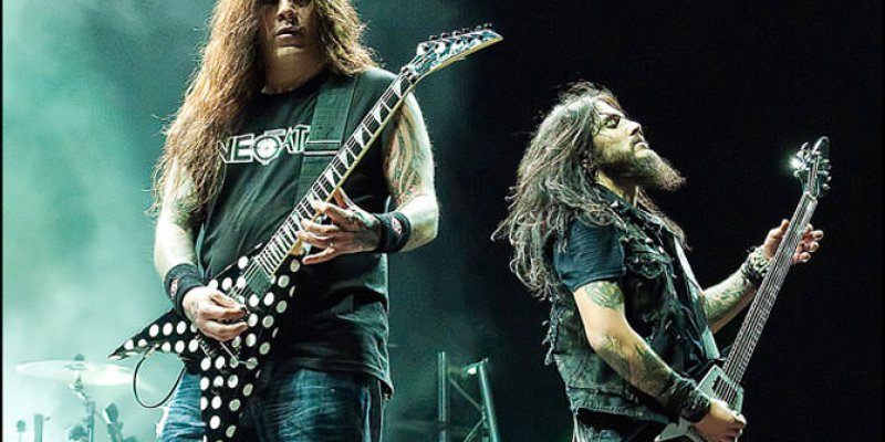 "Phil Demmel says that MACHINE HEAD ""became a Robb Flynn solo project"" toward the end of his time in the band."