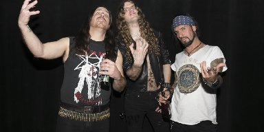 "POUNDER stream HELLS HEADBANGERS debut at ""Decibel"" magazine's website - announce tour dates!"