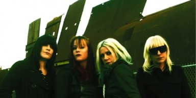 L7 Announced First Album In 20 Years, 'Scatter The Rats'
