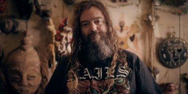 MAX CAVALERA Says He Might Recruit Original SEPULTURA Guitarist!