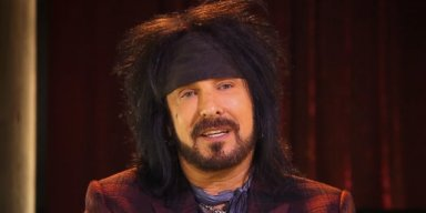 SIXX: 'HAIR METAL' BANDS KILLED THEMSELVES