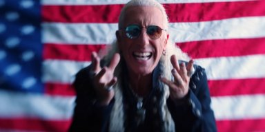 DEE SNIDER: You Have To Be A 'Narcissist' And An 'Egomaniac' In Order To Be A Great Frontman
