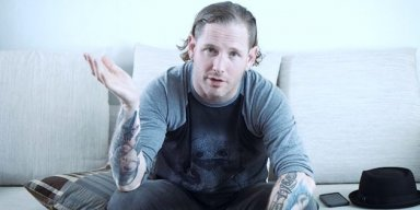 Fan Calls COREY TAYLOR 'A Trash Human Being'; COREY Responds