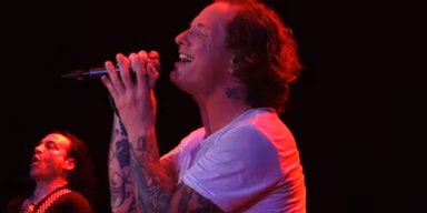 COREY TAYLOR Covers POISON's 'Nothin' But A Good Time'; BRET MICHAELS Is 'Honored'