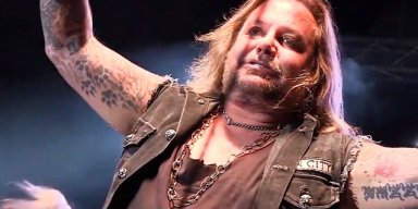Watch VINCE NEIL: Multi-Camera Video Of Recent Solo Concert