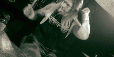 Ex-AMON AMARTH Drummer Accuses Singer JOHAN HEGG Of Spreading 'Lies'
