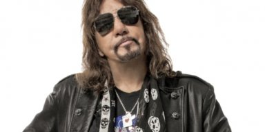 ACE FREHLEY: It's 'Sad' That KISS Couldn't Sell Out Madison Square Garden During 'End Of The Road' Tour