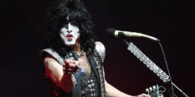 PAUL STANLEY Slams Lawmakers For Failing To Take Action On U.S. Gun Laws: 'Prayers And Sympathy Are Not Enough'