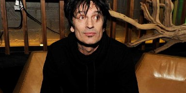 TOMMY LEE Completes Work On New Album
