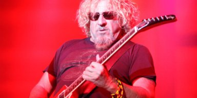 SAMMY HAGAR Says He Plays The VAN HALEN Songs As Good As VAN HALEN Ever Played Them